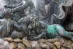 Esplanade des Quinconces, fontain van het Monument aux Girondins in Bordeaux royalty-vrije stock foto's