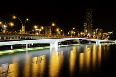 Esplanade-Fuß-Brücke Lizenzfreie Stockbilder