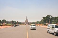 Esplanade Rajpath Τα κτήρια κυβέρνησης των Ινδιάνων 10 το 1986 2007 2011 όλοι ως σπίτι του Δελχί baha εγκαινίασα την ινδική γνωστ Στοκ εικόνες με δικαίωμα ελεύθερης χρήσης