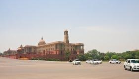 Esplanade Rajpath Τα κτήρια κυβέρνησης των Ινδιάνων 10 το 1986 2007 2011 όλοι ως σπίτι του Δελχί baha εγκαινίασα την ινδική γνωστ Στοκ εικόνα με δικαίωμα ελεύθερης χρήσης