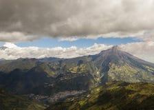 Esplosione del vulcano di Tungurahua, agosto 2014 Immagine Stock