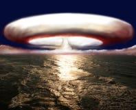 Esplosione della bomba nucleare Fotografie Stock Libere da Diritti