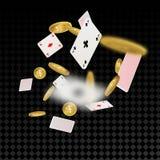 Esplosione e carte da gioco delle monete di oro Immagine Stock