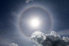 Esponga al sole l'alone nel cielo - la serie 2 Fotografia Stock