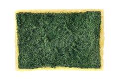 Esponja, lavagem velha da esponja, esponja de lavagem do prato, limpeza amarela absorvente das esponjas da fibra isolada no fundo Imagens de Stock