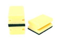 Esponjas amarelas e verdes Imagens de Stock Royalty Free