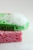Esponjas cor-de-rosa e verdes Imagem de Stock