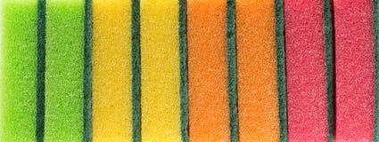 Esponjas para el lavaplatos Imágenes de archivo libres de regalías