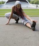 Esporte, dança e conceito urbano da cultura - dançarino bonito da rua Fotos de Stock