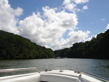 Esporte de barco no rio Imagem de Stock Royalty Free