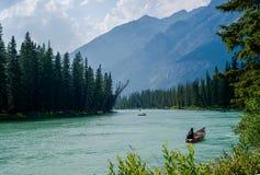 Esporte de barco, rio da curva fotografia de stock