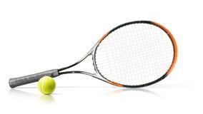 esporte Raquete e esfera de tênis Isolado no fundo branco imagens de stock