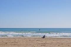 Esportes de água na praia Fotos de Stock
