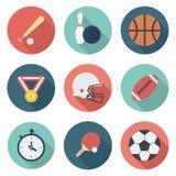 Esportes e ícones lisos da engrenagem dos atletas ajustados ilustração do vetor