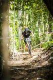 Esportes em declive da bicicleta Fotos de Stock