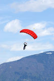 Esportes extremos. salto de pára-quedas Foto de Stock Royalty Free