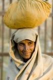 Esposa del granjero imagen de archivo libre de regalías