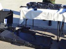 Esposizione dei fucili di tiratore franco delle aeronautiche Immagine Stock Libera da Diritti
