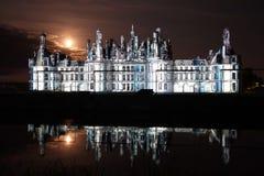Esposizione del laser su Chateau de Chambord, Francia Immagine Stock