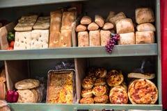 Esposizione del pane dell'artigiano Immagini Stock