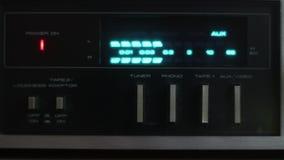 Esposizione della console di miscelazione del DJ video d archivio
