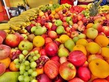 Esposizione della frutta Fotografie Stock Libere da Diritti