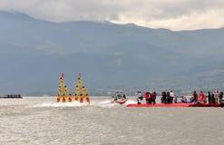 Esposizione della piramide di corsa con gli sci di acqua Fotografia Stock