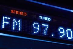 Esposizione della radio di sintonizzatore FM Stazione digitale stereo di frequenza sintonizzata immagine stock