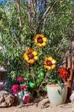Esposizione della scultura del giardino in Nevada Cactus Nursery immagini stock