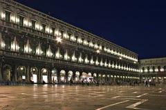 Esposizione di notte della piazza San Marco, Venezia, Immagini Stock