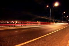 Esposizione lunga del traffico cittadino di Haifa Fotografia Stock
