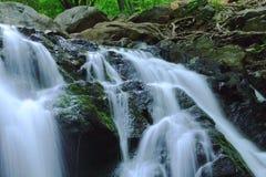 Esposizione lunga della cascata Immagini Stock Libere da Diritti
