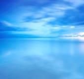 Esposizione lunga delle nuvole per fondo Immagine Stock Libera da Diritti