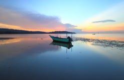 Esposizione lunga di vista sul mare di alba Fotografia Stock