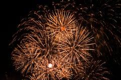 Esposizione magnifica del fuoco d'artificio Immagine Stock