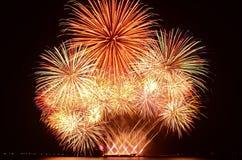 Esposizione variopinta dei fuochi d'artificio Fotografia Stock