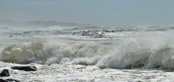 Espray de la costa del norte Imagenes de archivo