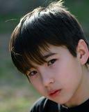 Espressione intensa del bambino in giovane età Immagini Stock