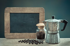 Espresso με την πλάκα Στοκ φωτογραφία με δικαίωμα ελεύθερης χρήσης