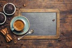 Espresso with chocolate cupcake Royalty Free Stock Photos