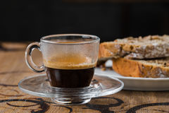 Espresso met een cake, cupcake Stock Foto
