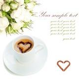 Espresso met witte bloemen Royalty-vrije Stock Foto