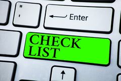 Esprima il concetto di affari della lista di controllo del testo di scrittura per gli oggetti ha richiesto le cose di essere punt Fotografie Stock