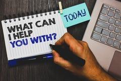 Esprima il testo di scrittura che cosa può io vi aiuta con la domanda Concetto di affari per la presa d'offerta del Paperclip di  immagine stock
