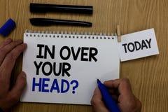 Esprima il testo di scrittura dentro sopra la vostra domanda capa Concetto di affari per da partecipare ad una penna difficile n  immagine stock libera da diritti