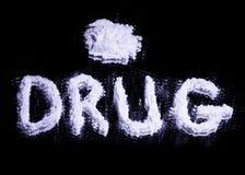 Esprima la droga e un mucchio della droga bianca fotografia stock