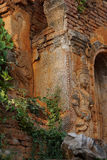 Esprit de gardien sur le stupa antique Images libres de droits