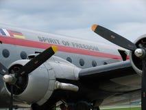 Esprit historique de Berlin Airlift Douglas C-54 Skymaster de la liberté images stock