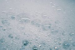 A espuma ensaboa grandes bolhas Foto de Stock