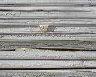 Espuma industrial apilada del aislamiento en un sitio de demolición Imagen de archivo